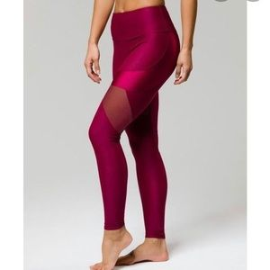 Onzie Burgundy Royal mesh inset workout leggings